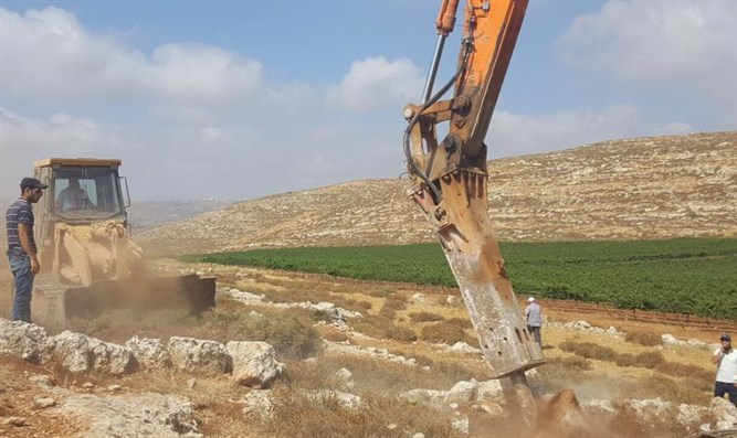 Work begins on new town in Samaria - 'Amichai'
